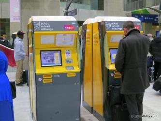 TGV ticket machine